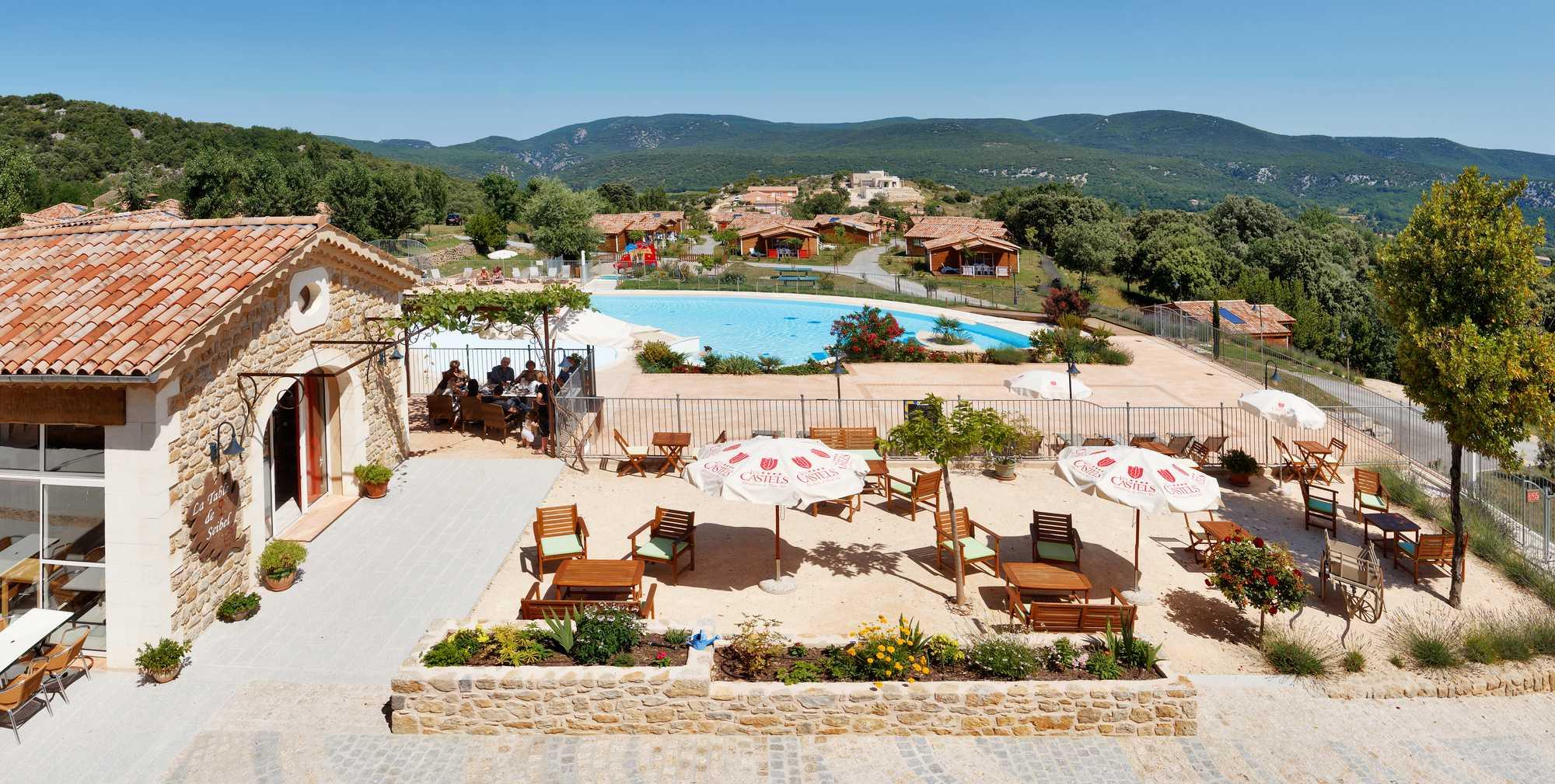 domaine sevenier camping 5 etoiles ardeche piscine galerie photo 2 - DOMAINE DE SEVENIER 2012