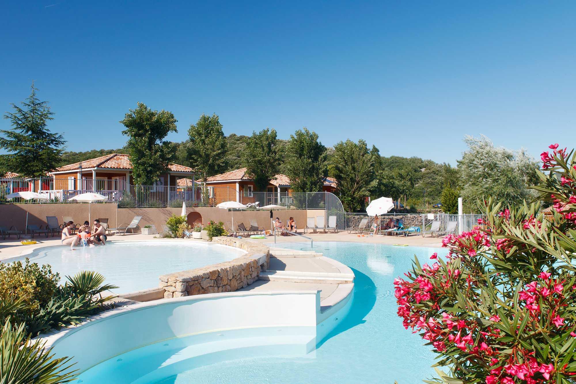 camping Ardèche avec piscine arborée
