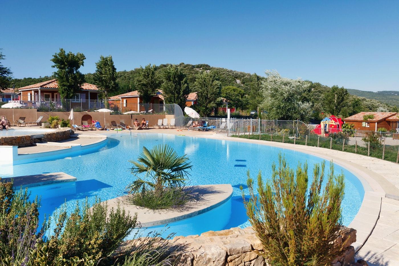 domaine sevenier camping 5 etoiles ardeche piscine galerie photo 16 - Accueil