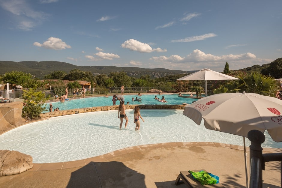domaine sevenier camping 5 etoiles ardeche piscine galerie photo 20 - Piscine