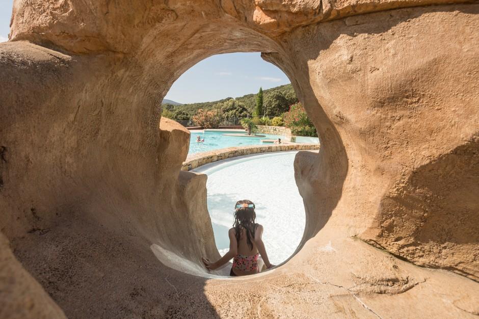 domaine sevenier camping 5 etoiles ardeche piscine galerie photo 28 - Piscine