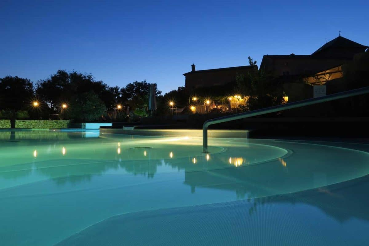domaine sevenier camping 5 etoiles ardeche piscine galerie photo 31 1200x800 - Piscine