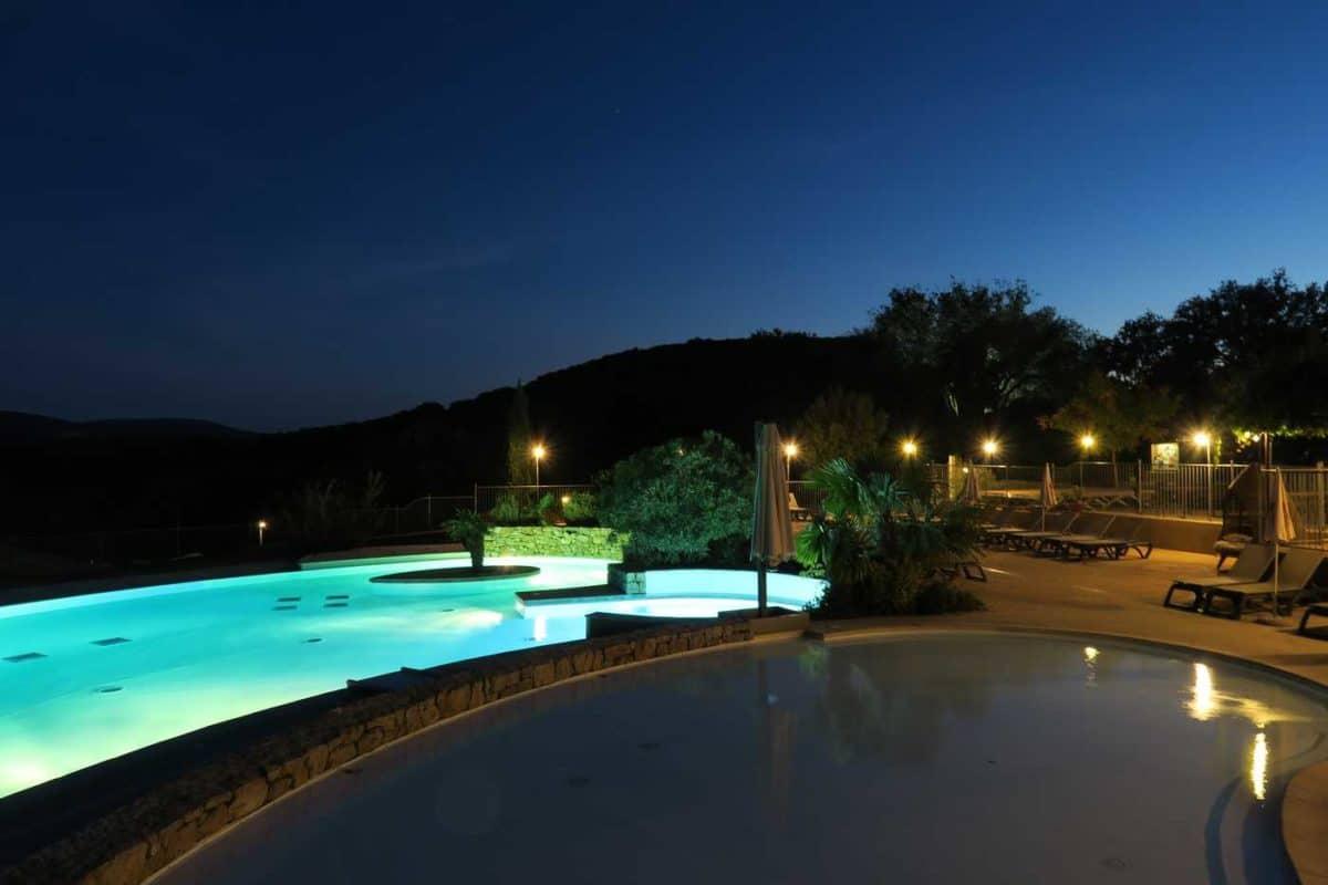 domaine sevenier camping 5 etoiles ardeche piscine galerie photo 32 1200x800 - Piscine