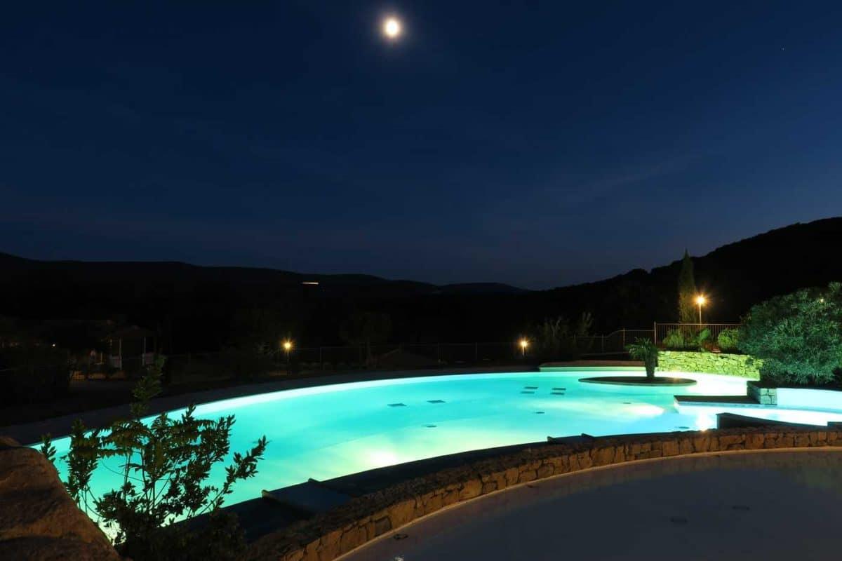 domaine sevenier camping 5 etoiles ardeche piscine galerie photo 33 1200x800 - Piscine