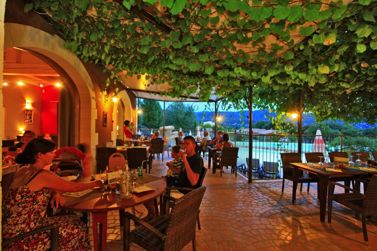domaine sevenier camping 5 etoiles ardeche restaurant galerie photo13 1200x800 - Galeries