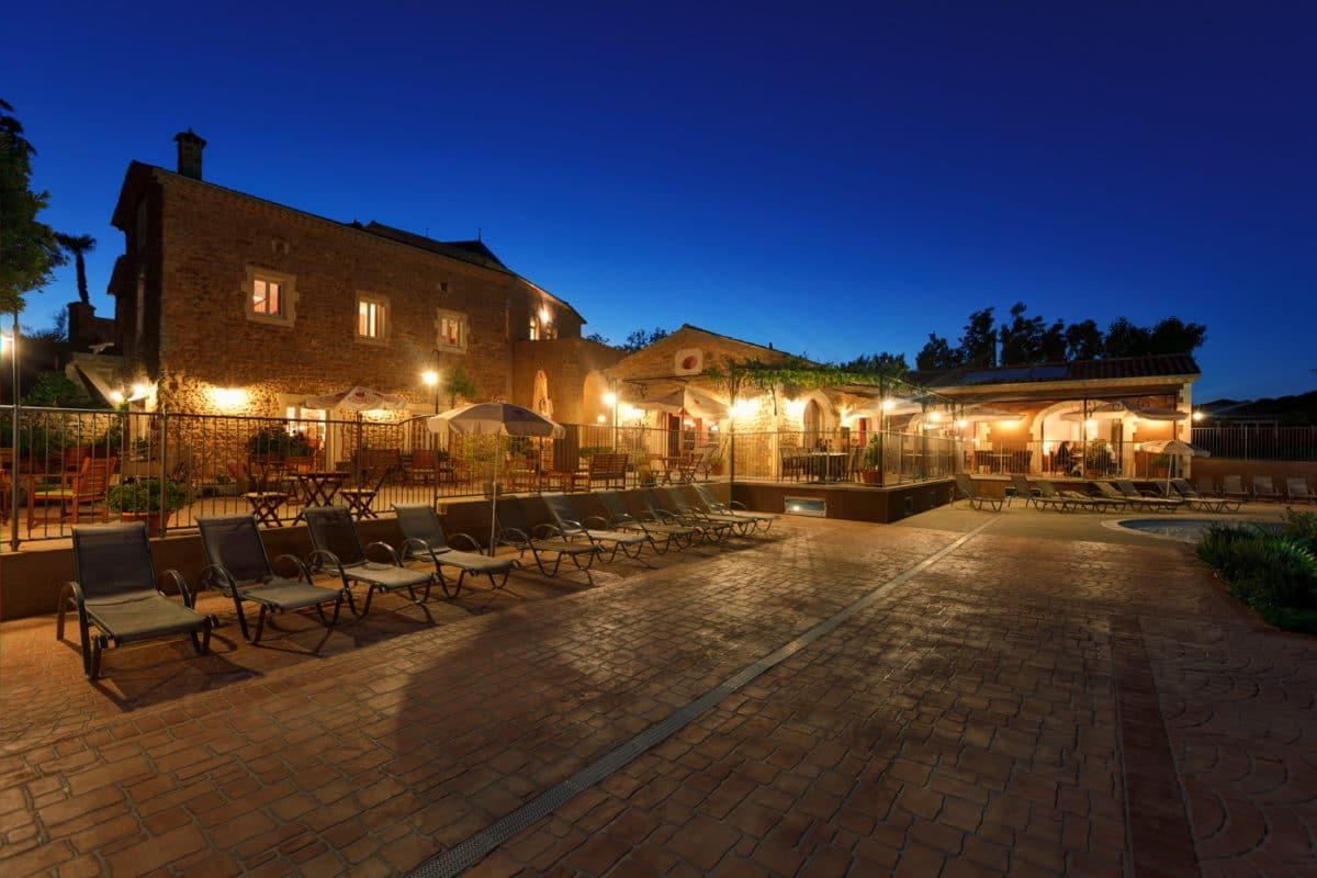 domaine sevenier camping 5 etoiles ardeche restaurant galerie photo19 1200x800 - Galeries