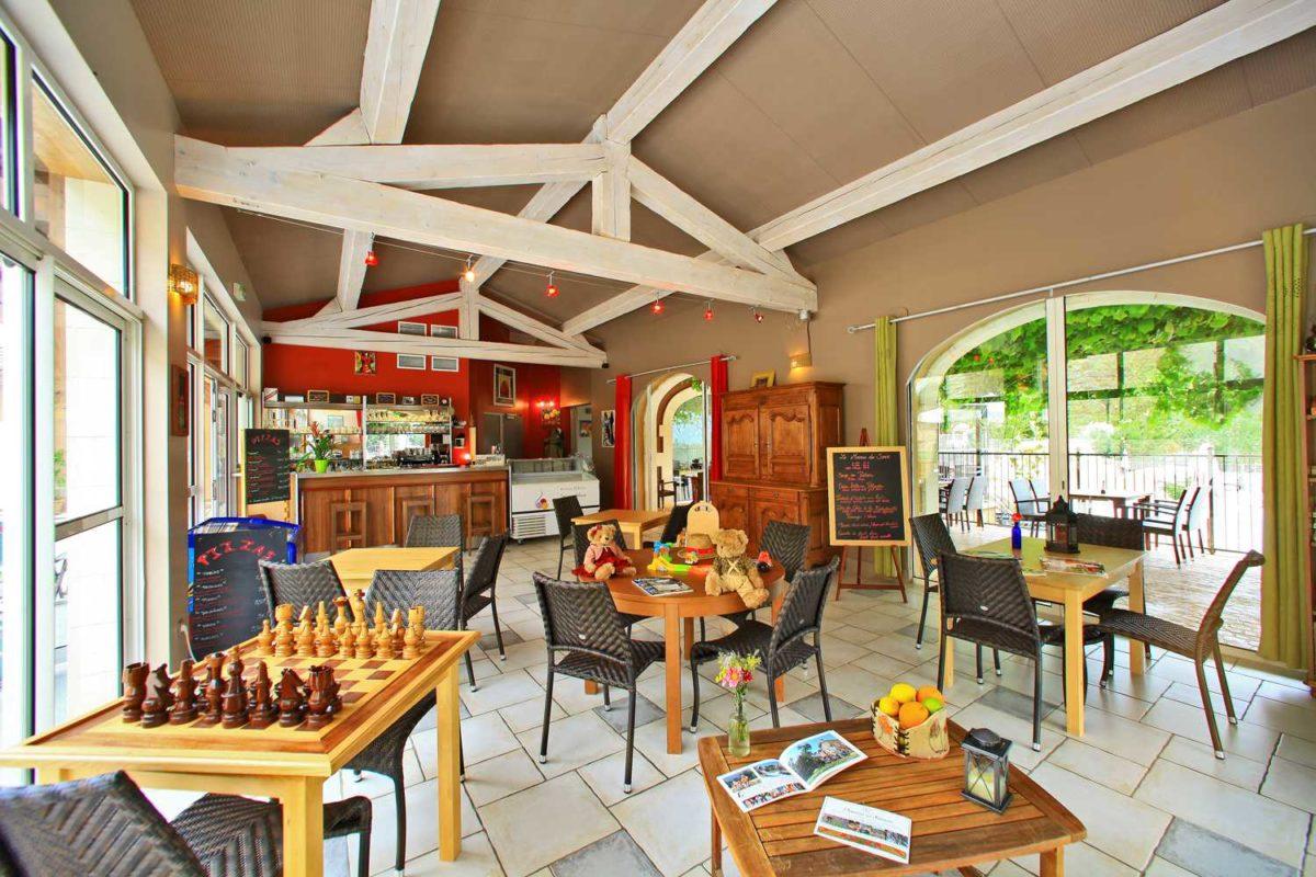 domaine sevenier camping 5 etoiles ardeche restaurant galerie photo22 1200x800 - Galeries