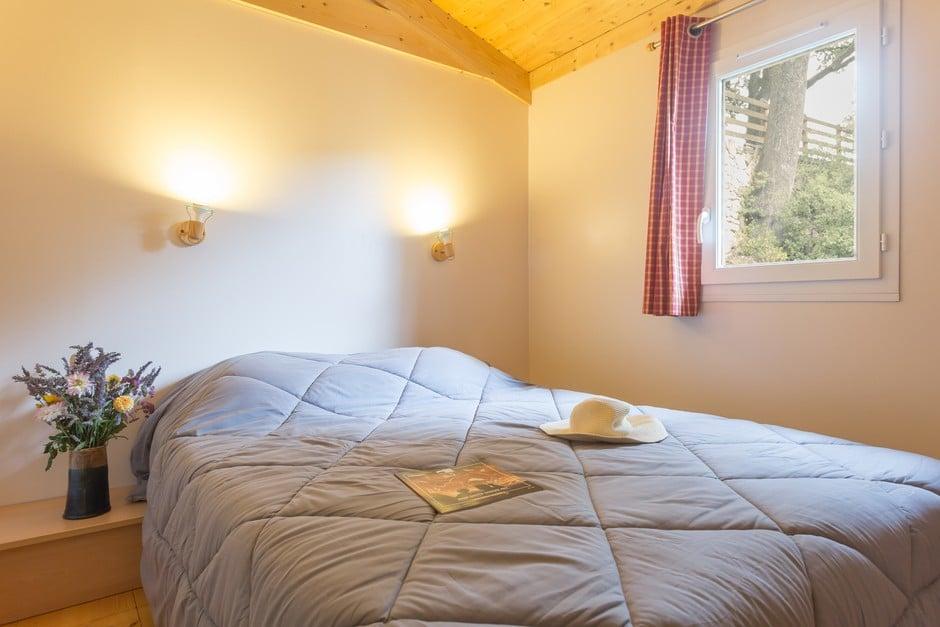 domaine sevenier camping location vacance en ardeche chalet chene blanc 4 - Galeries
