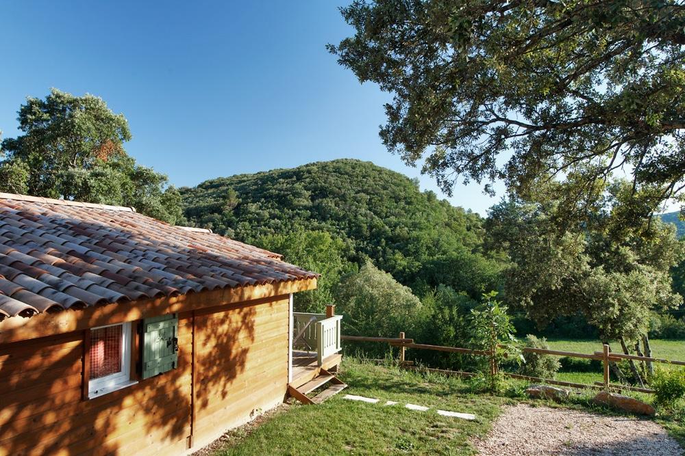 domaine sevenier camping location vacance en ardeche chalet chene blanc 7 - Galeries